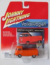 JOHNNY LIGHTNING R2 VOLKSWAGEN 1965 TYPE 2 PICKUP ORANGE