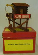 Original DDR-Spielzeug-Cowboy/Indianer-Fort-Western Store-Room  -OVP- Oehme & Sö