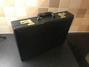 Briefcase Leather Black ALS