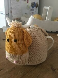 hand knitted made large 4 cup teapot Scottish highland cow coo tea cosy new
