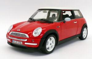 Burago 1/18 Scale Diecast 23519 - 2001 BMW Mini Cooper - Red/White