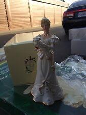 LENOX FIGURINE DECORATING FOR CHRISTMAS GIRL 2003 Classic Ivory NIB W/COA