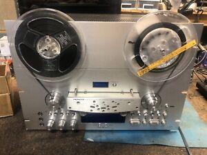 Pioneer RT-909 tape deck reel to reel