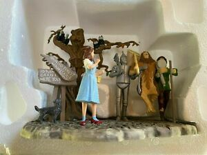 DEPT 56 WIZARD OF OZ  HALLOWEEN THE SPOOKY  👻 FOREST FIGURINE