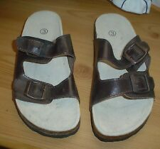 Ladies Brown adjustable strap Sandals. Size 3. New without Tags