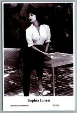 Sophia Loren (C) Swiftsure Postcard year 2000 modern print 20/159 glamour photo