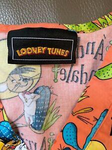 Preowned Scrub Top Looney Tunes SPEEDY GONZALES Go Amigo Arriba Andale 2X ? 3X