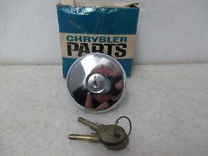"""Mopar NOS 1968-70 Plymouth Dodge A Body Locking Gas Cap """"Non Vented"""" 2823888"""