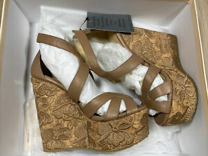 Rare - JIMMY CHOO London - Nude Wedges With Embroidered Flowers SIZE 37.5