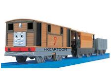 NEW TAKARA TOMY THOMAS MOTORIZED TOY TRAIN TS-11 TOBY W/ 2 TRUCKS 464433