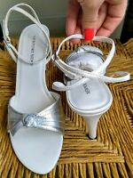 Newport News Leather Ankle Strap Heels Metallic Silver Womens 9 Dress Shoes Prom