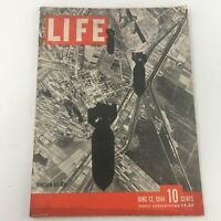 VTG Life Magazine June 12 1944 Invasion of Missiles by Air, Newsstand