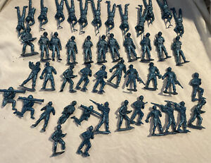 Vintage MPC Plastic Metallic Blue Army Men Toy Soldiers (Lot of 48)