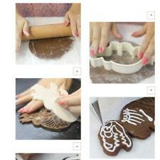 1 Set Of 6 Pcs Plastic Dinosaurs Cookies Fondant Cutter with Pottery Stick