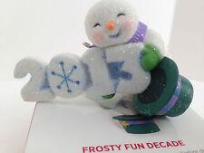 MIB HALLMARK 2013 FROSTY FUN DECADE ORNAMENT CHRISTMAS TREE SNOWMAN SNOW TOP HAT