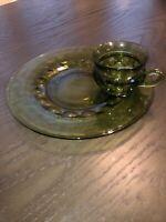Vintage 12 Piece Avocado Green Kings Crown Thumbprint Snack Plate And Mug