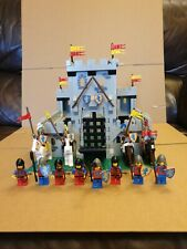 Lego 6080 Lion Knights Castle, instructions and box.