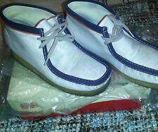 Ckarks man shoes size7.5 white/purple