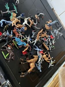 Collection Of Toy Soldiers ( Timpo Etc) Some Damage