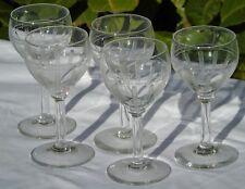 Val Saint Lambert? Lot de 5 verres à vin blanc ou vin cuit cristal taillé.