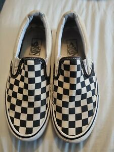 cream and black checked vans size 6