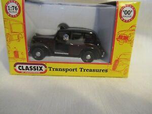 CLASSIX AUSTIN FX3 LONDON TAXI - 8083 BLACK OVER BURGUNDY SCALE 1:76 EM76828