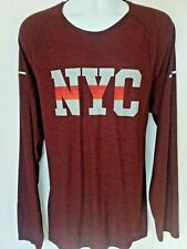 Old Navy Men's Xxl Active Athletic Go-Dry Graphic Nyc Burgundy Long Sleeve Shirt
