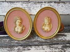 2 cadres en bois doré décor femmes Princesse en Icoryl par Francois Noé 1960