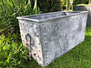 Galvanised metal trough - Galvanised water trough with rivets 80 cm