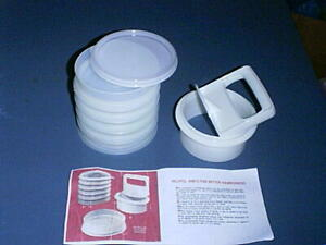 TUPPERWARE Hamburger Patty Press #884, (5) Keepers #882 with Seal + Instructions