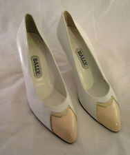 BALLY ITALY Womens White & Beige Leather Pointy Toe Heels Pumps Shoe 8 M VGC