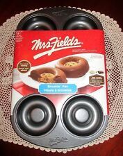 Mrs. Fields BROOKIE Brownie Cookie Baking Pan Non-Stick Coated Brand New