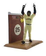 PRESALE BRAND NEW SF Giants 2018 Barry Bonds statuette with splash hit chicken
