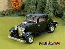 Die Cast Vintage 1932 Ford Coupe Hard Top G Scale 1:24 by Showcasts