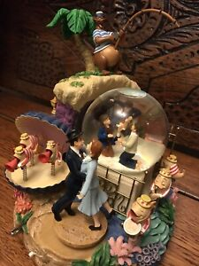 Disney Bedknobs And Broomsticks Large Limited Edition Snowglobe, No 195 Of 600