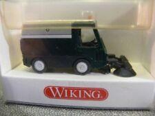 1/87 Wiking Hako Kehrmaschine dunkelgrün/grau 657 02