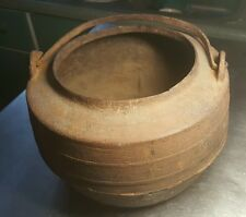 30% off Early Edo Period Traditional Antique Indoor Japanese Iron Cooking Pot