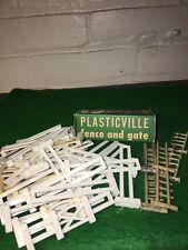 VINTAGE PLASTICVILLE FENCE AND GATE BACHMANN BROS PHILA 40 PIECES ORIGINAL BOX