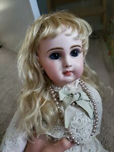antique bisque dolls French doll Jumeau