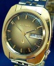 Bulova Accutron QUARTZ day/date RARE style GP & SS watch with original band 1972