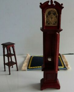 Doll's House Furniture Grandfather Clock, Plant Stand & Rug