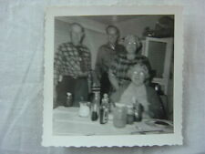 Unusual Vintage Photo Alien Ma & Pa Men & Evil Eye Women 790