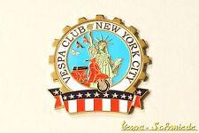 "VESPA IN METALLO-TARGHETTA ""VESPA CLUB NEW YORK CITY"" - Club NY USA America emblema"