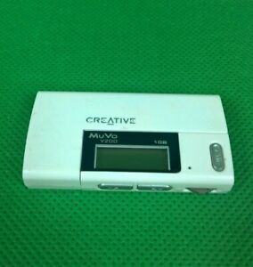 Creative Muvo 1GB White - Works with a Triple A Battery