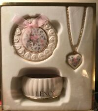 Classic Lenox Jewelry Box & Pendant Neckless, Matching Flower Design Gold Trim