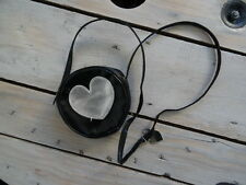 Sac à main fillette porté épaule rond noir et cœur argenté TAPE A L'ŒIL
