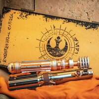 Star wars Galaxy Edge Skywalker Legacy lightsaber set Leia & Skywalker LIMITED