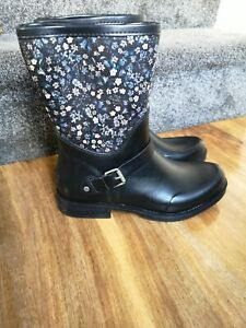 UGG Sivada Liberty womens Rain Boots Black Rubber Floral, size 8.5 UK GREAT