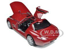 MERCEDES SLS AMG RED 1:24 DIECAST MODEL CAR BY WELLY 24025
