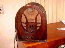 ANTIQUE RADIO PHILCO CATHEDRAL MODEL 60 DECO WOOD TABLE RADIO 1934